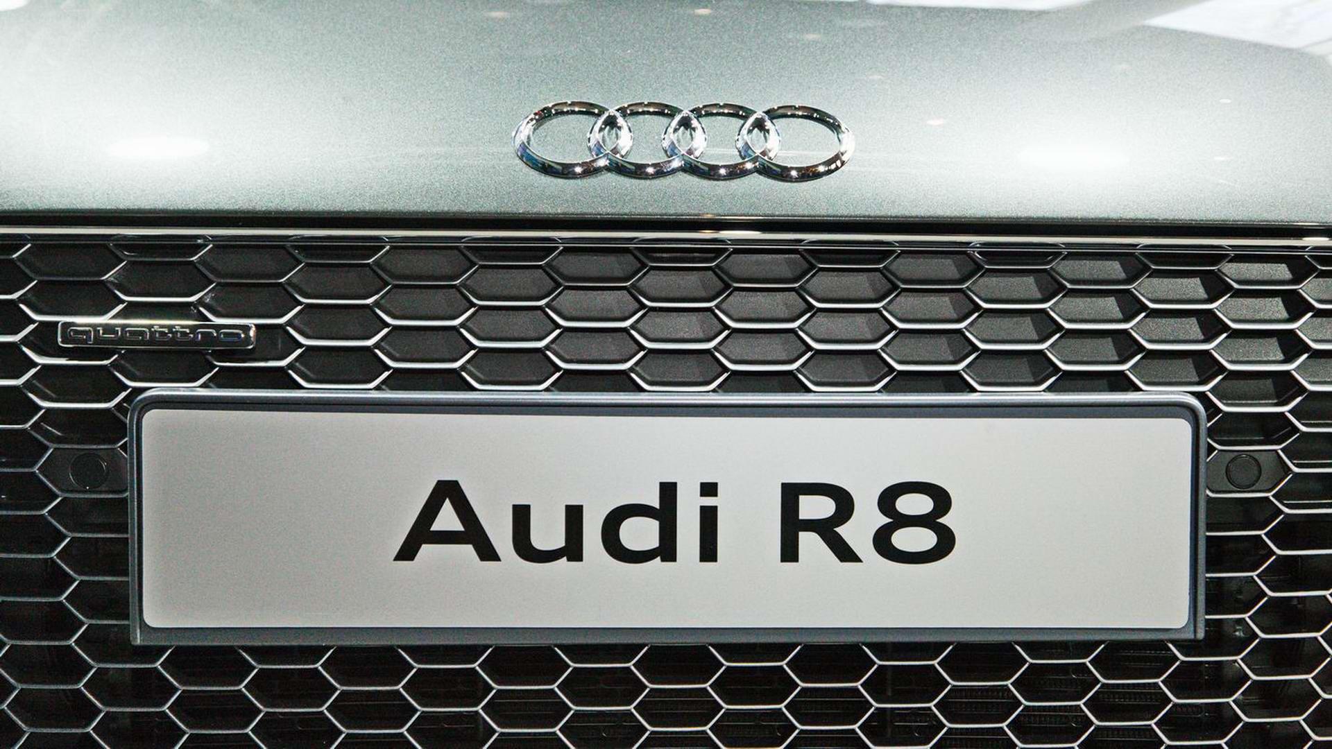 Audi R8 Release Präsentation in der Audi City / Berlin  by Gregor Anthes