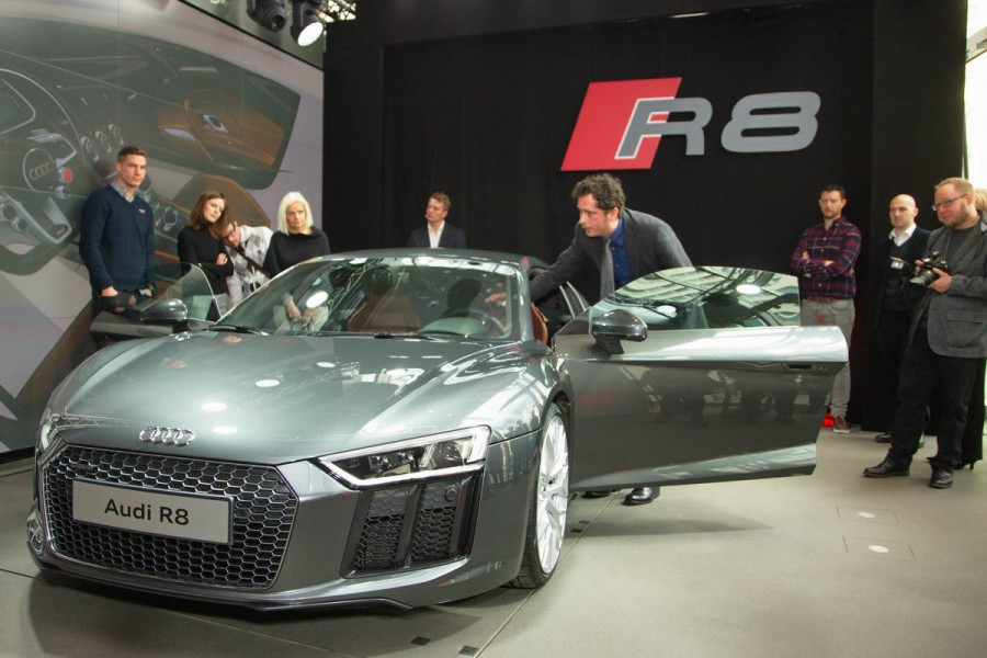 Audi R8 Vorstellung in der Audi City Berlin  by Gregor Anthes