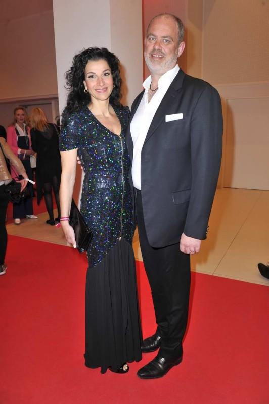Tatiana und Markus Semmler  -  10. Jubiläum VICTRESS AWARD GALA  im anderl's hotel  in Berlin  am 13.04.2015 -  Foto: SuccoMedia / Ralf Succo