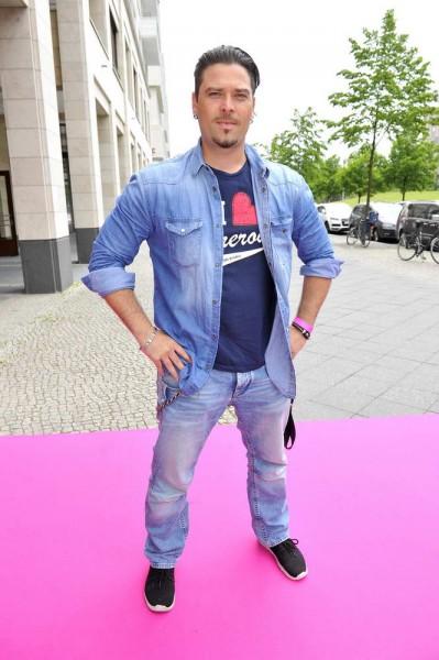 Sebastian Hämer Sebastian Hämer  -  Pink Ball Charity Event für Brustkrebs-Opfer im Holmes Place  in Berlin  am 23.05.2015 -  Foto: SuccoMedia / Ralf Succo