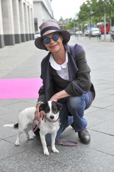Barbara Engel mit Cora Lee Barbara Engel mit Cora Lee  -  Pink Ball Charity Event für Brustkrebs-Opfer im Holmes Place  in Berlin  am 23.05.2015 -  Foto: SuccoMedia / Ralf Succo