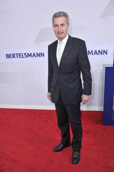 Günther Oettinger Günther Oettinger  -  Bertelsmann Party 2015 in der Hauptstadtrepräsentanz Unter den Linden  in Berlin  am 18.06.2015 -  Foto: SuccoMedia / Ralf Succo