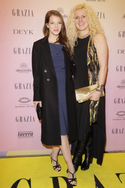 GRAZIA POP UP Yvonne Catterfeld und ? - Grazia Brunch im Rahmen der  Mercedes-Benz Fashion Week Berlin Herbst / Winter 2016 / Autumn / Winter 2016  im /at Grosz Kurfürstendamm  Berlin   Copyright: Eventpress Anthes  Datum 20.01.2016
