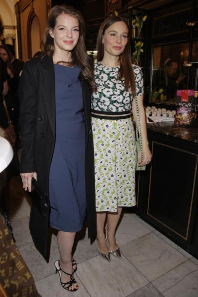 GRAZIA POP UP Yvonne Catterfeld und Mina Tander - Grazia Brunch im Rahmen der  Mercedes-Benz Fashion Week Berlin Herbst / Winter 2016 / Autumn / Winter 2016  im /at Grosz Kurfürstendamm  Berlin   Copyright: Eventpress Anthes  Datum 20.01.2016