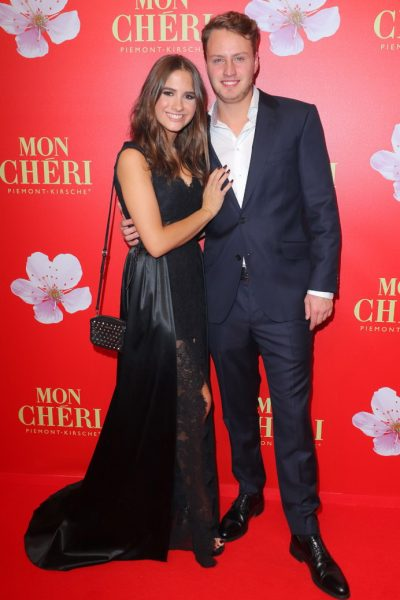 Mon Cherie Barbara Tag 02.12.2016 Lucia Strunz (Claudia-Effenberg-Tochter) + Freund Gabo Mayrhofer im Postpalast, Wredestrasse 10, Muenchen, beim Charity Empfang, Charity-Gala zum Mon Cherie Barbara Tag- 02.12.2016 -copyright by Stephan SchrapsBitte beachten Sie unsere Geschaeftsbedingungen. Please refer to my GENERAL TERMS AND CONDITIONS OF DELIVERY AND BUSINESS (AGB s)