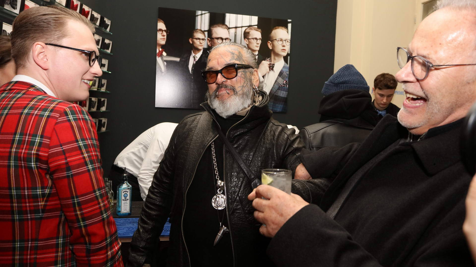 Jan Henrik Scheper Stuke, Sven Marquard Vernissage des diesjährigen Auerbach Kunstprojekts von Sven Marquardt in der POP-UP GALLERY in den Hackeschen Höfen, Hof 1 unter Anwesenheit des Künstlers.