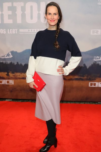 Saralisa Volm bei der Filmpremiere - Winnetou - im Delphi Filmpalast, Kantstrasse 12a, Berlin- 14.12.2016 -copyright by Breathmedia/NormannBitte beachten Sie unsere Geschaeftsbedingungen. Please refer to my GENERAL TERMS AND CONDITIONS OF DELIVERY AND BUSINESS (AGB s)
